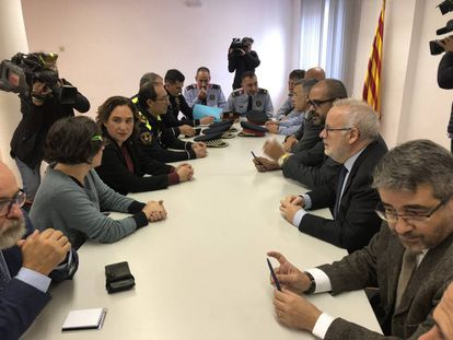 Mayor Ada Colau and regional interior chief Miquel Buch met to discuss the raid.