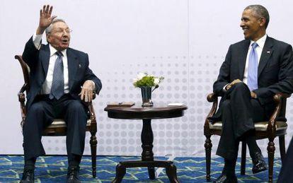 Raúl Castro and Barack Obama in Panama last April.