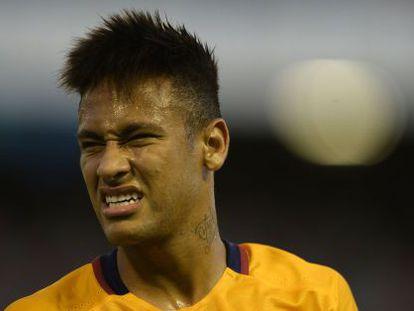 Neymar during a match against Celta.