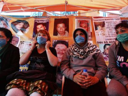 Mothers whose daughters have disappeared hold a hunger strike early this month to demand the government search for their loved ones.