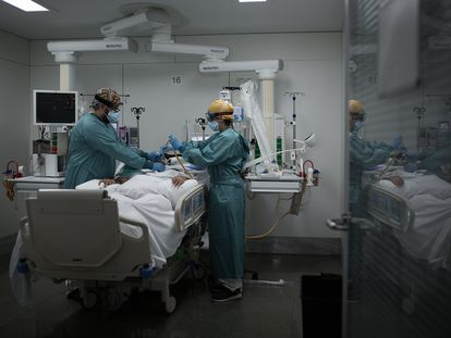 The intensive care unit at a hospital in Barcelona last October.