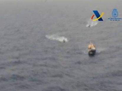 Spanish customs officers board a fishing boat carrying 10 tons of hashish off the Almería coast.
