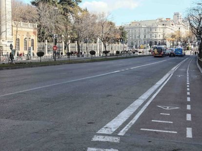 Little traffic on Calle de Alcalá due to the taxi strike.