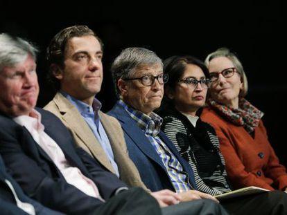 Bill Gates (center) attends a Microsoft shareholders' meeting in Bellevue, Washington.