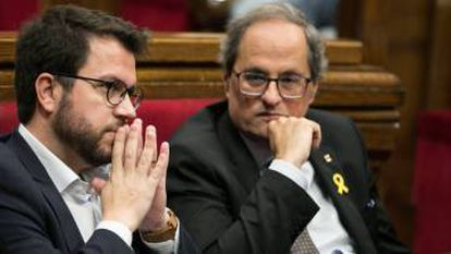 Catalan premier Quim Torra (r) has said that no support for the budget is forthcoming unless they see progress on self-determination and the situation of jailed secessionist leaders.