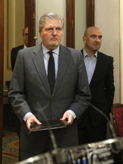 Government spokesman Íñigo Méndez de Vigo gave a news conference on Thursday.