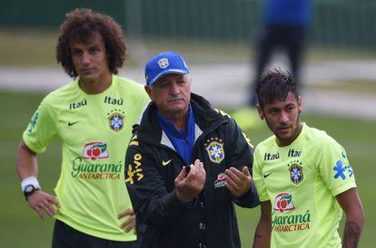 David Luiz, Scolari and Neymar.