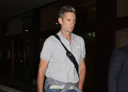 Iñaki Urdangarín arriving at Madrid airport on Sunday.