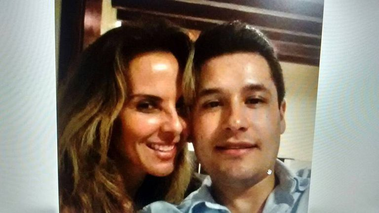 A photo posted on the social networks of Mexican actress Kate del Castillo with El Chapo's son.