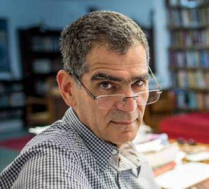 Political scientist Fernando Limongi.