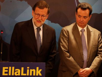 Spain's Mariano Rajoy and Brazil's Science Minister Gilberto Kassab at the presentation.