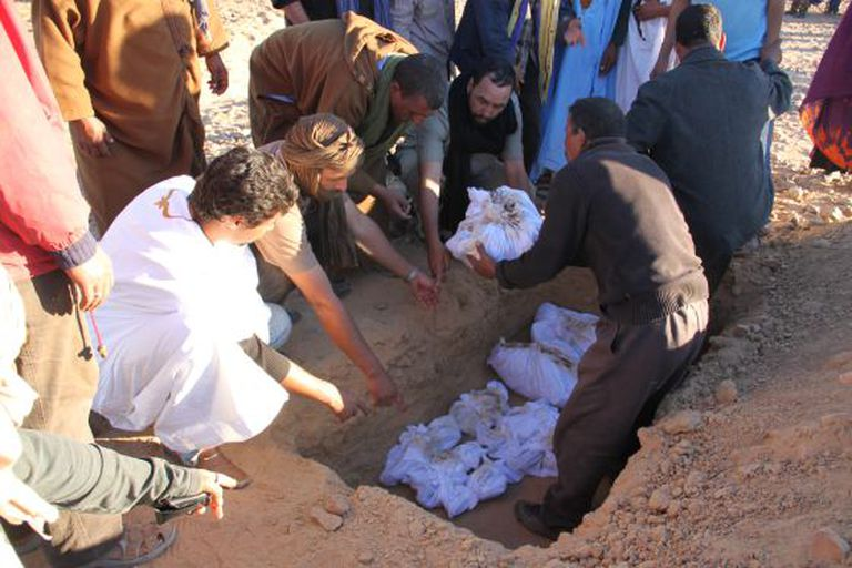 The burial in November 2014 of eight Sahrawis who were assassinated in 1976 and were exhumed from mass graves by a Spanish team.
