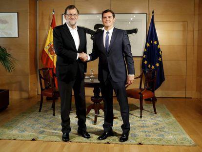 Acting Prime Minister Mariano Rajoy (PP) meets with Albert Rivera (Ciudadanos) in Congress.