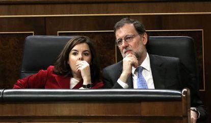 Prime Minister Mariano Rajoy with his deputy Soraya Sáenz de Santamaría in Congress.