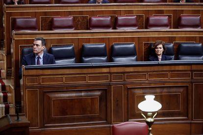 Spanish PM Pedro Sánchez and Deputy PM Carmen Calvo in a file photo.