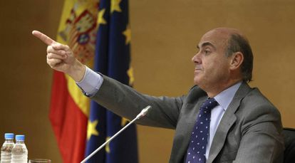 Spanish Economy Minister Luis de Guindos says Spain will meet deficit goals.