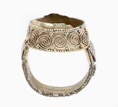 An 11th-century silver ring from the Amarguilla treasure.
