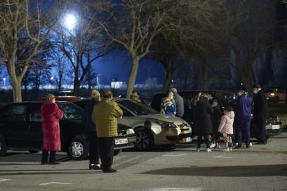 Residents in Granada flee to the streets following a series of earthquakes on Thursday.