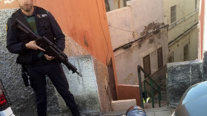 A Civil Guard officer during an anti-terrorist operation in the Canary Islands on January 17.