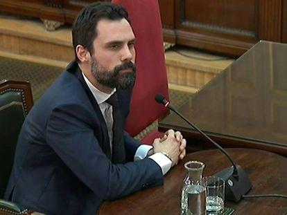 Catalan parliament speaker Roger Torrent in court.