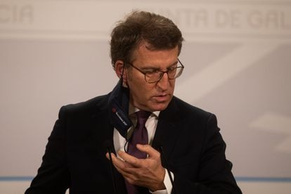 Galician premier Alberto Núñez-Feijoó has asked people to self-confine from 8pm.