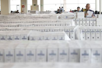 A total of 430,000 nationalization requests are being digitalized.