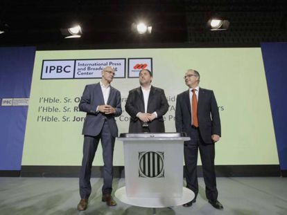 From left to right: Raül Romeva, Oriol Junqueras and Jordi Turull at Friday's press conference.