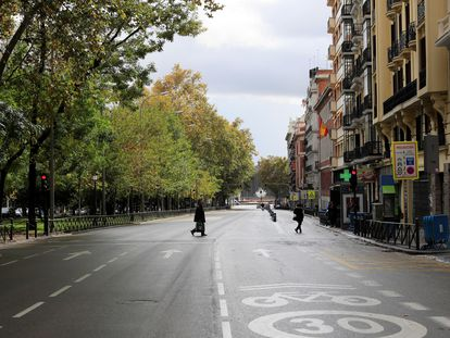 Some healthcare areas in Madrid will not longer be under perimetral confinement starting on Monday.