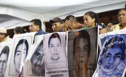 Relatives of the missing in Mexico City on Wednesday.