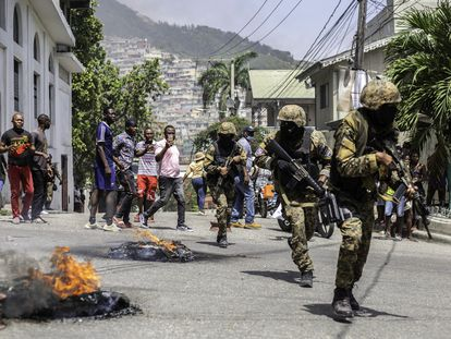Citizens take part in a protest near the police station of Petion Ville after Haitian president Jovenel Moïse was murdered on July 8.