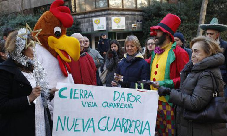 Anti-abortion activists protesting outside the Dator abortion clinic in Madrid.