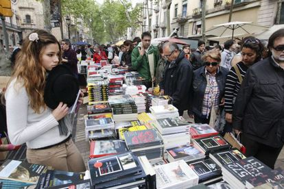The stand of the Negra y Criminal book store on La Rambla in Barcelona on Monday.