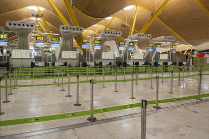 Check-in gates at the T4 terminal in Madrid-Barajas airport.