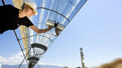 A researcher from the German Space Agency at the Almeria Solar Platform.