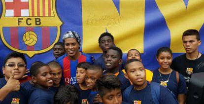 Ronaldinho meets the Bronx soccer stars of tomorrow.