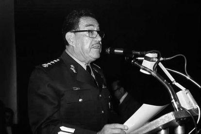 Hermenegildo Cuenca Díaz during a speech.