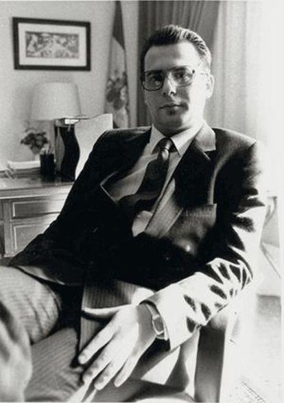 A photo of Garzón from 1987.