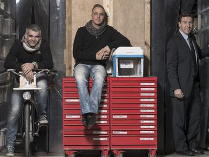 Left to right: Edu Sentís with the bike he designed; Stephane Espinosa with his Nitro Cooler; and Luis Ros, creator of a side mirror to improve safety.