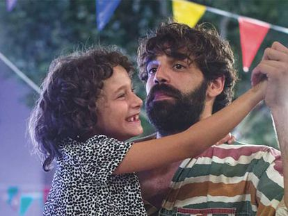 Laia Artigas and David Verdaguer in a scene from the movie.