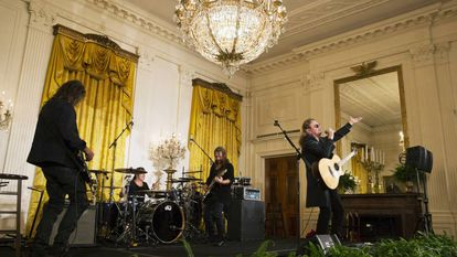 Maná performing at the White House Cinco de Mayo event.