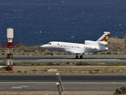 Evo Morales' plane landing at Gran Canaria airport before refueling and continuing the Bolivian president's journey to La Paz.