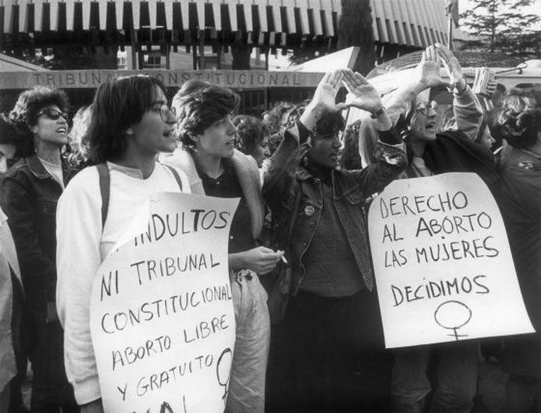 An early demonstration in favor of abortion rights for women.