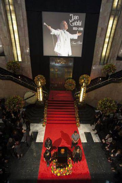 Juan Gabriel's funeral in Mexico City.