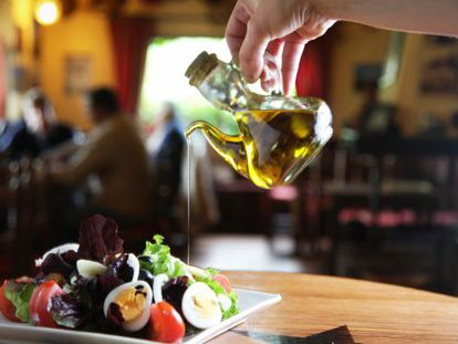 The European Commission ended up ditching its plan to insist on pre-sealed oil dispensers in bars and restaurants.