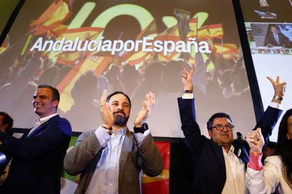 Spain's far-right VOX party leader Santiago Abascal and regional candidate Francisco Serrano.