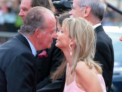 Juan Carlos I and Corinna Larsen in Barcelona in 2006.