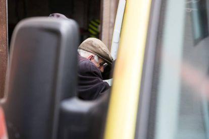 José Antonio Vázquez in an ambulance on Friday in Vigo.