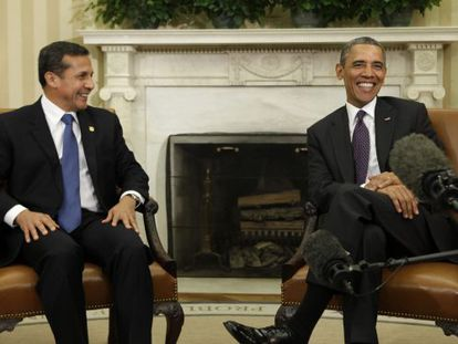 US President Barack Obama smiles during his meeting with Peru's Ollanta Humala at the White House.