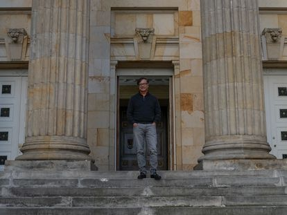 Gustavo Petro on the stairs of the Colombian Senate on September 9, 2021.