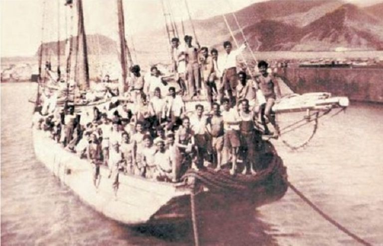 A group of Spaniards arrives in Venezuela from the Canary Islands in 1949.